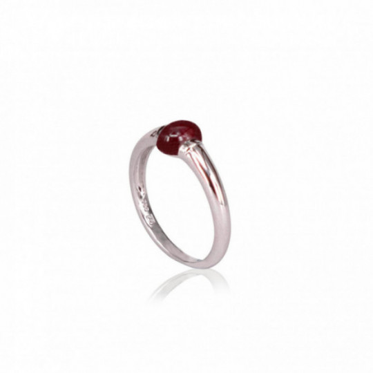 WHITE GOLD RING WITH GARNET