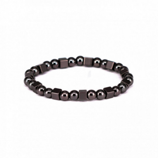 BLACK BALLS AND CUBES BRACELET