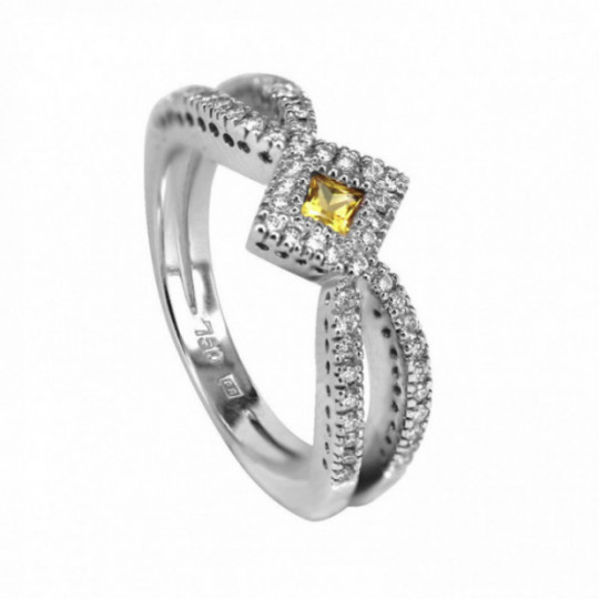 RING WITH YELLOW SAPPHIRE AND DIAMONDS