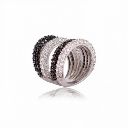 MULTIPLE RING WITH BLACK AND WHITE ZIRCONIA