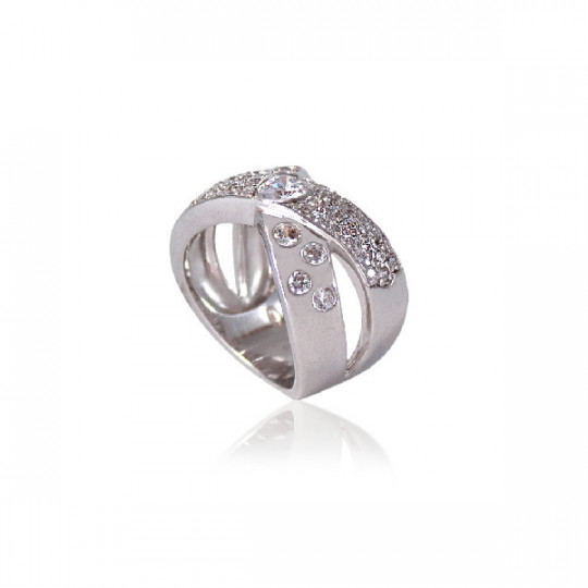LARGE RING WITH ZIRCONIA