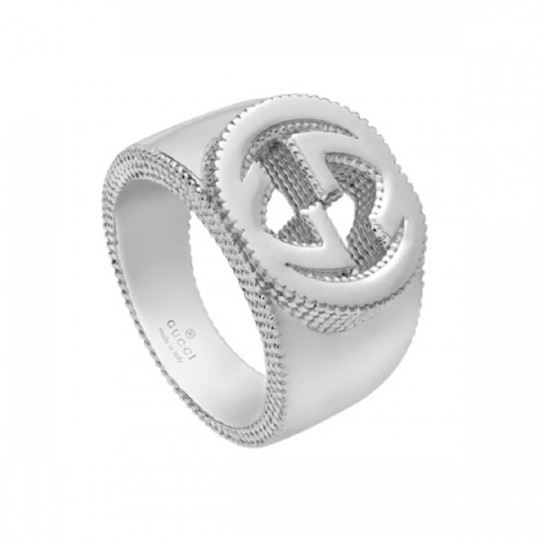 RING GUCCI INTERLOCKING G RING IN SILVER YBC479229001