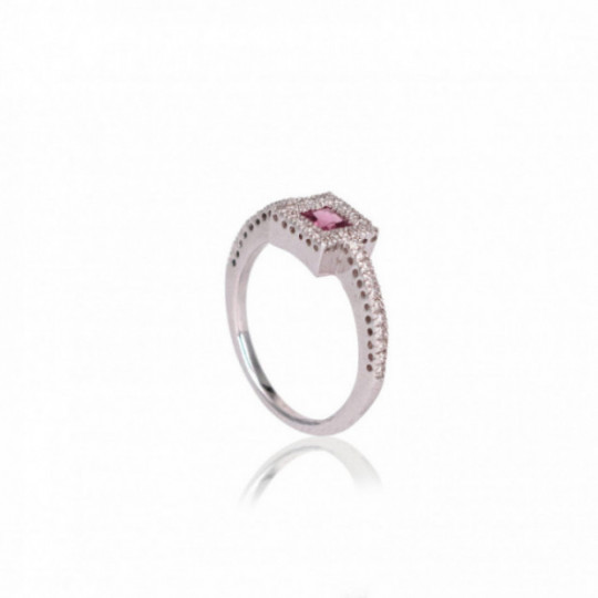 RING WITH DIAMONDS AND ROSE TOURMALINE