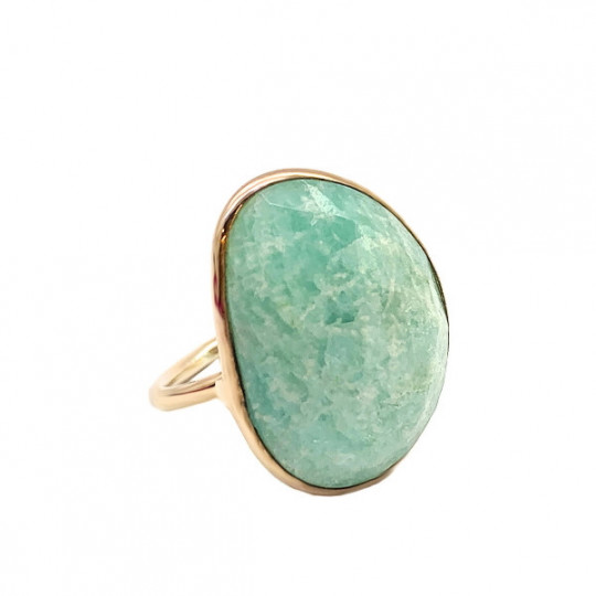 PINK SILVER AND GREEN STONE RING.