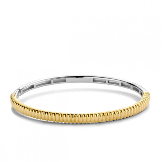 Rigid Bracelet With Ribbed Structure