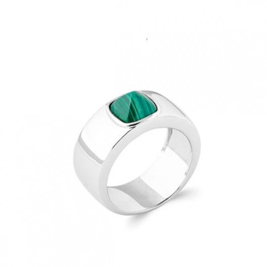 Silver Ring With Malachite