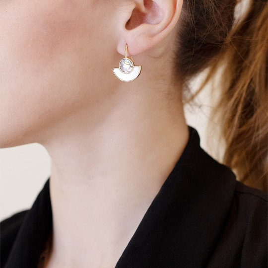 GOLDEN EARRINGS WITH NÁCAR