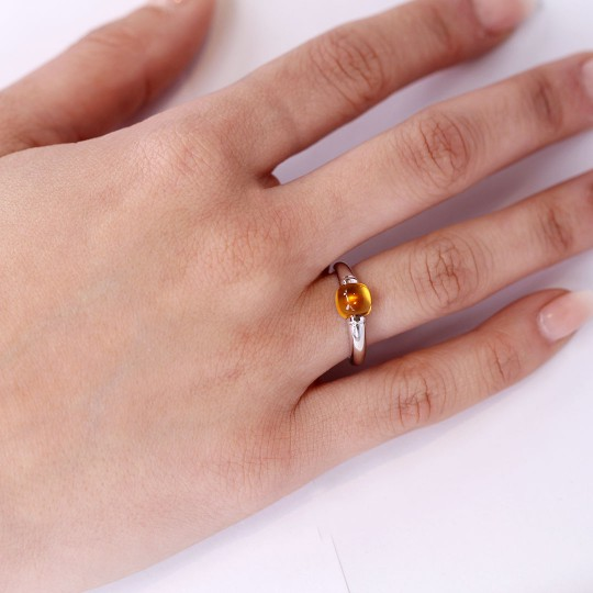 WHITE GOLD RING WITH CITRINE QUARTZ