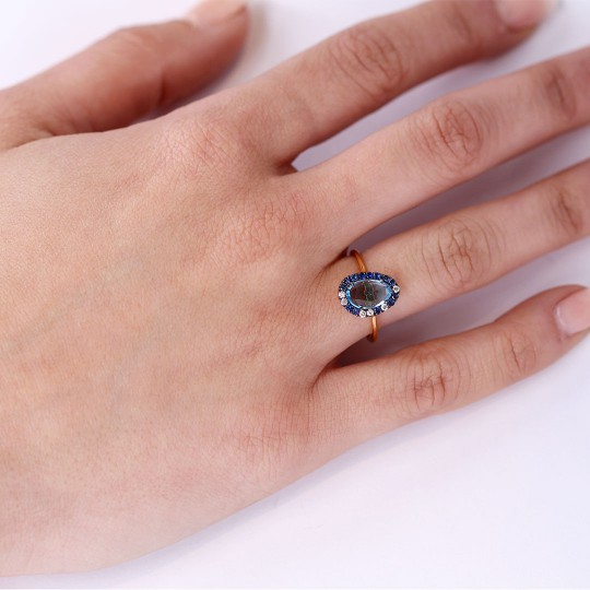 RING WITH BLUE TOPAZ BRIGHT AND SAPPHIRE