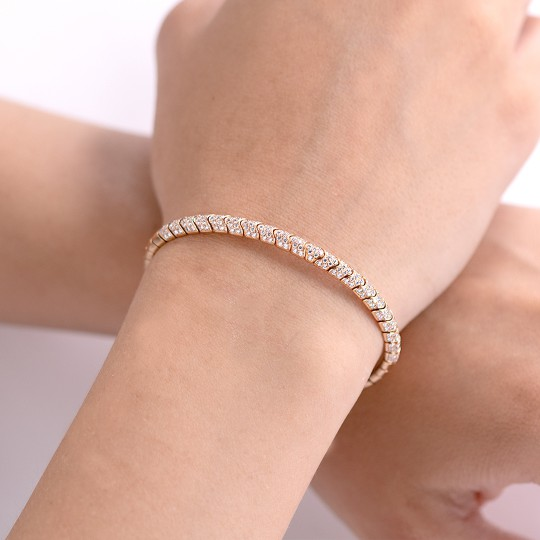 PINK GOLD BRACELET WITH DIAMONDS