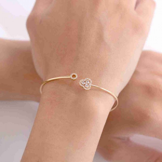 OPEN CANE BRACELET WITH DIAMONDS