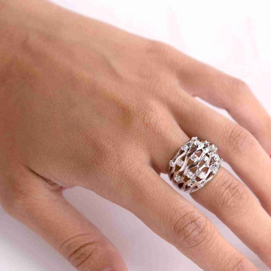 SILVER RING WITH WHITE ZIRCONIA