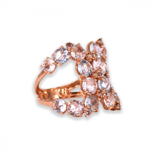 ROSE GOLD RING WITH DIAMONDS AND TOPAZ