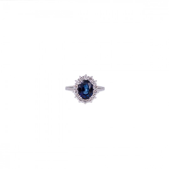 RING WITH SAPPHIRE AND DIAMONDS