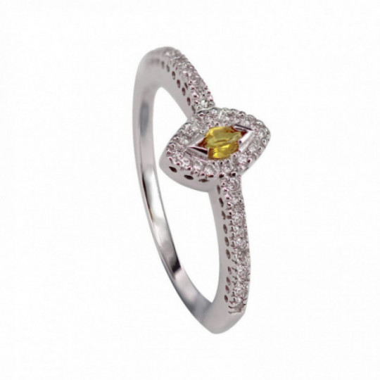 RING MADE OF WHITE GOLD AND YELLOW SAPPHIRE DIAMONDS