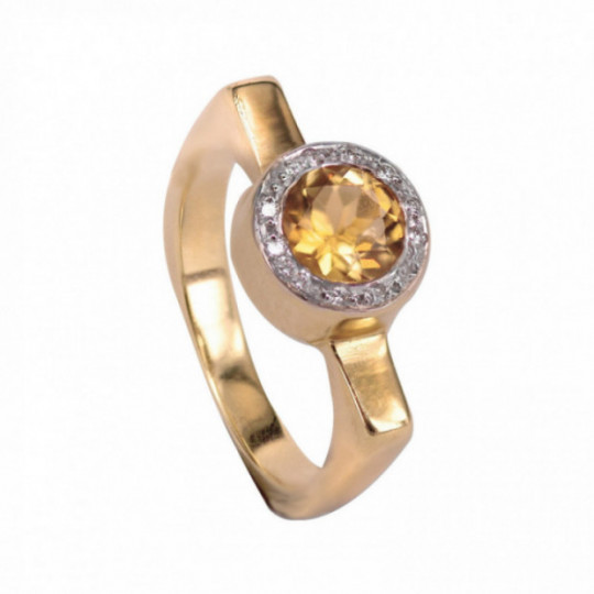 RING WITH DIAMONDS AND CITRINE QUARTZ