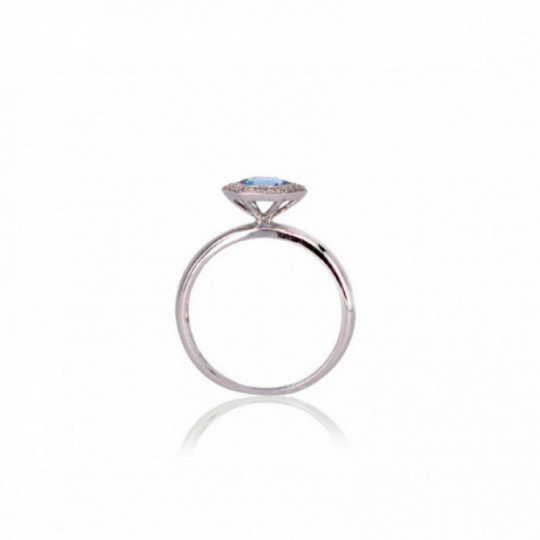 RING WITH DIAMONDS AND BLUE TOPAZ