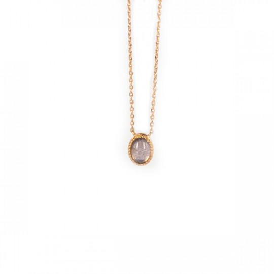 GOLD NECKLACE WITH SEMITRANSPARENT STONE